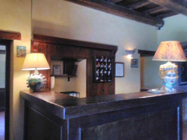 Hotel a Adrano ID 805