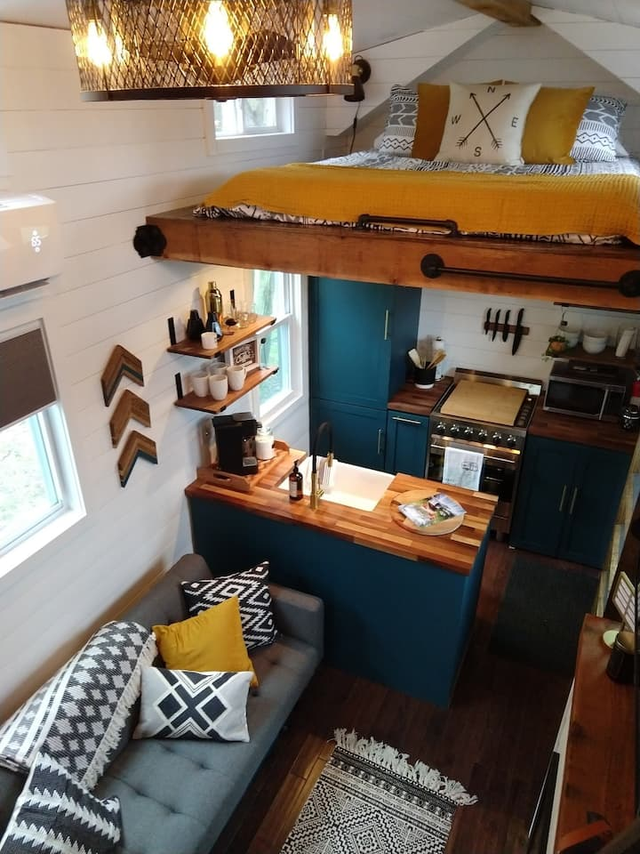 Little Eventyr Tiny House of the Laurel Highlands