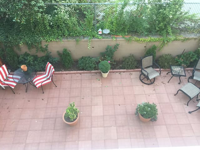 Immaculate Mini Studio Apartment for 1 Person - Bayonne - Hus