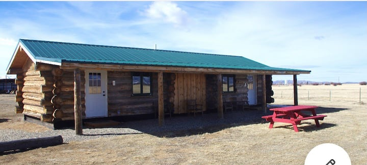 Quiet mountain retreat Cabin One