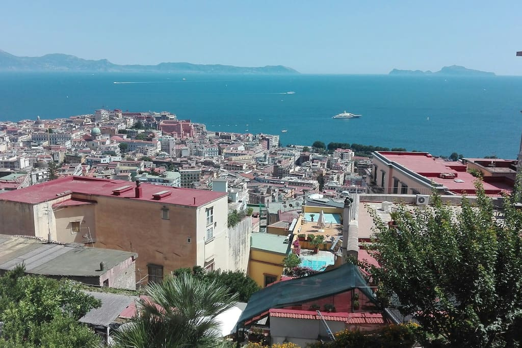 Room with view napoli appartements louer naples for Airbnb napoli