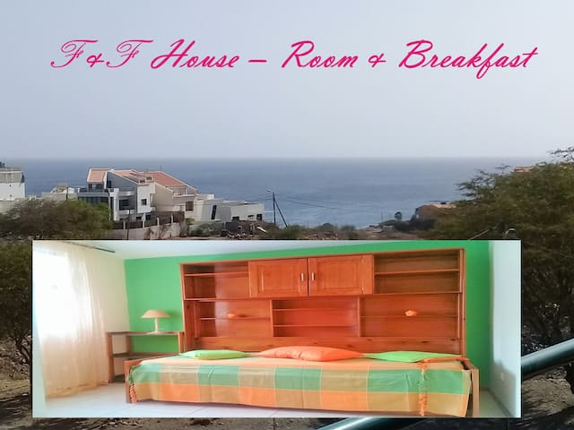 Praia casa com vista mar- F& F Bed & Breakfast