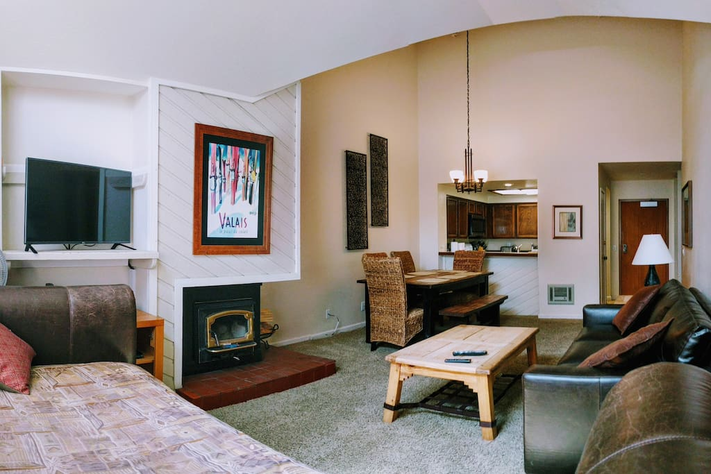 Airy Vaulted Ceilings