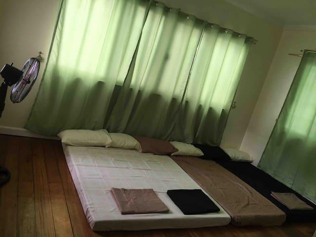 Bedroom#2   2 Queensize and  1 single