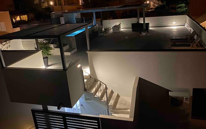 cozy studio apartment with parking