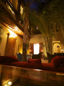 Riad Flam Marrakech - Bed & Breakfast