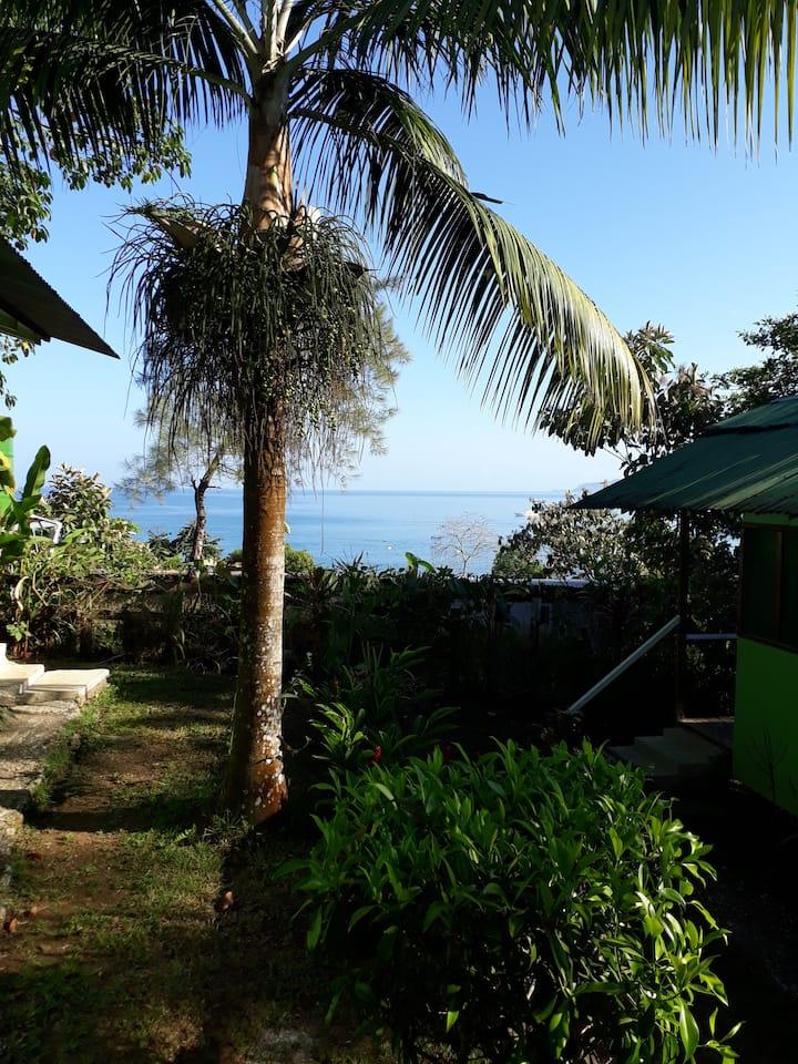 Jade Mar Cabaña  Privada  -Vista Parcial al Mar