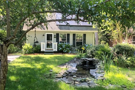 Sweet Home Steps From Water In Bayside Community