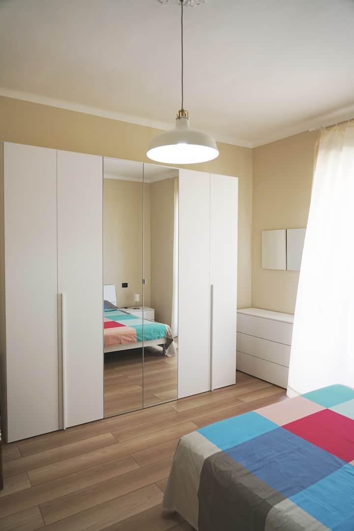 Orbassano Ampia stanza con bagno privato