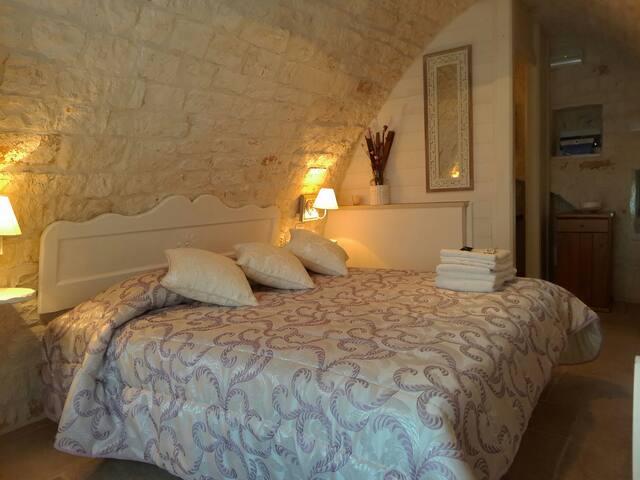 Trulli Donna Isabella - Il gelso - Locorotondo - Bed & Breakfast