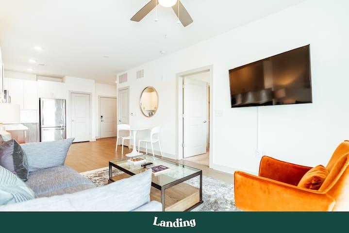 Landing | Modern Apartment with Amazing Amenities (ID400)