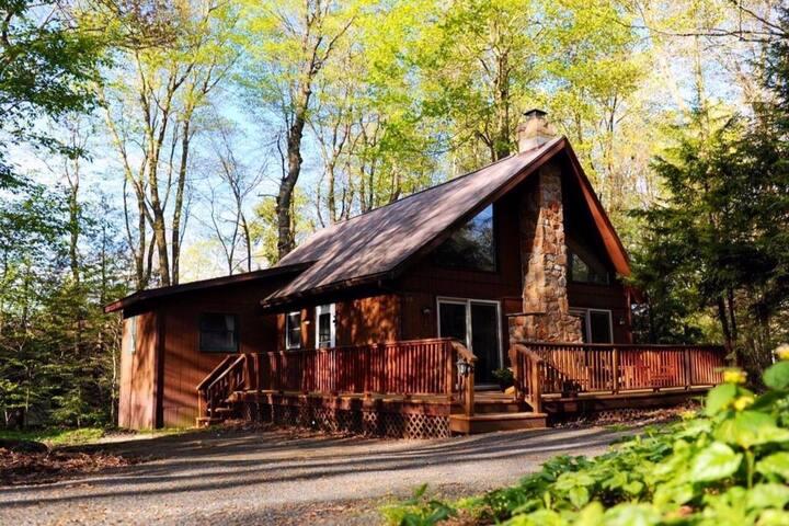 Pocono Farms Cabin