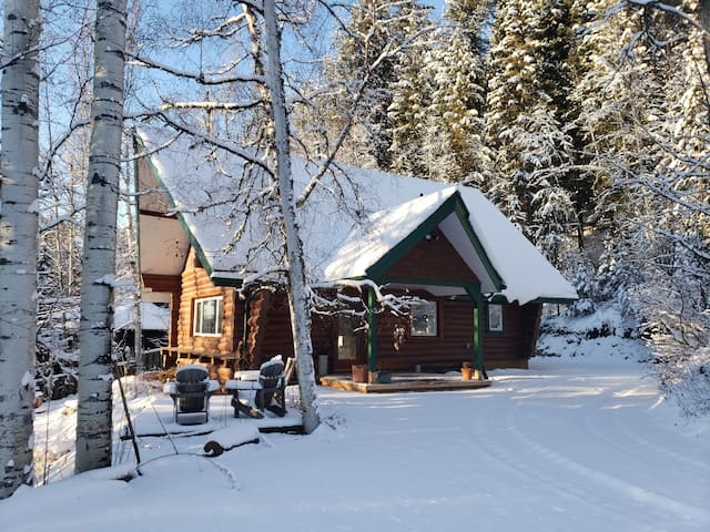 The Hygge Hut: Cozy Luxury