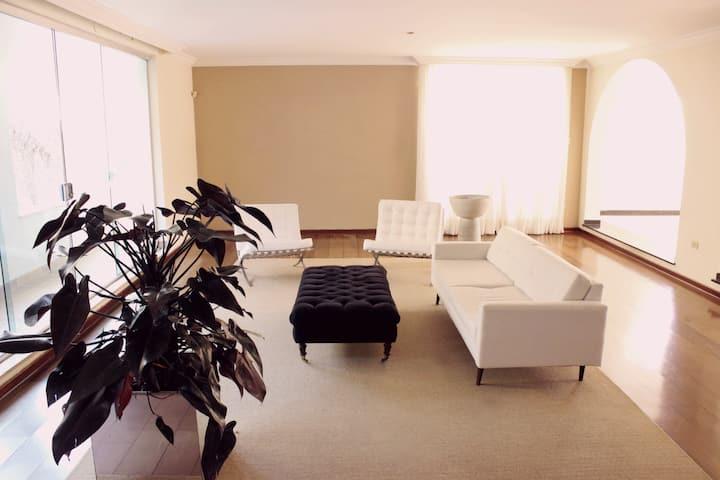 Suite Luxo prox Einstein e Estadio Morumbi