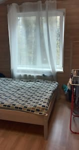 Уютная студия в частном доме недалеко от метро