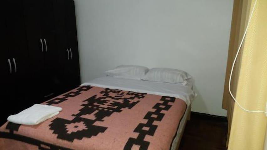 Habitacion Privada Chicama limite San Isidro