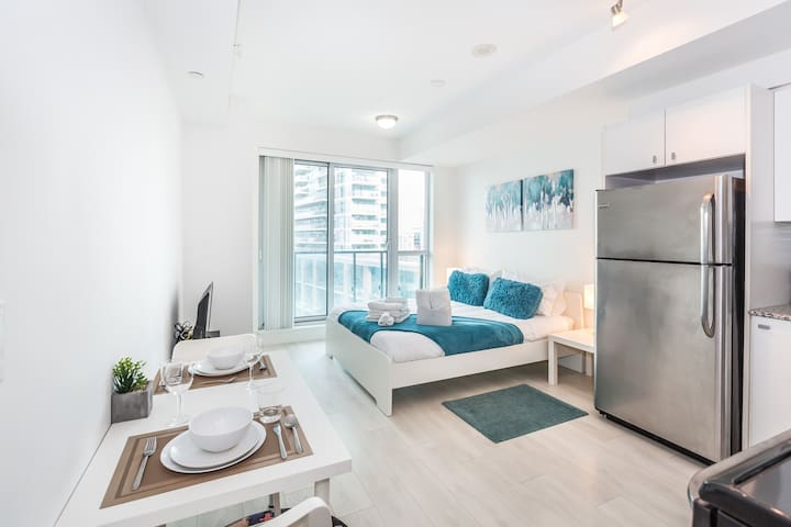 ❣❣ Trendy, ★Posh Studio, in Downtown: Walk to CNE