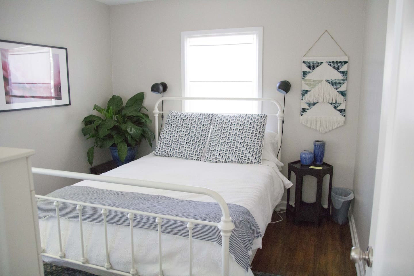 Bright and cozy queen sized bed