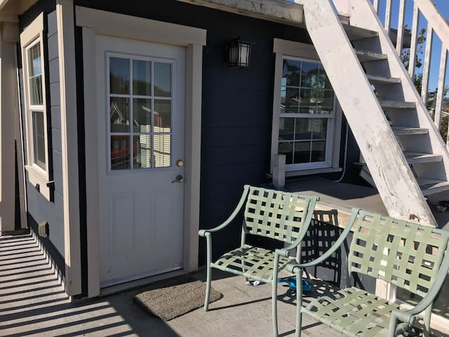 Cozy suite/studio private entrance