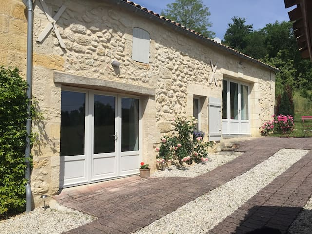 House/Gite Tauzinat - close to St Emilion