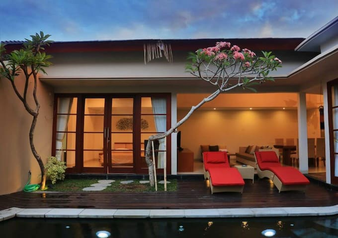 Comfortable 2 BR Villa Decorated  Modern Style