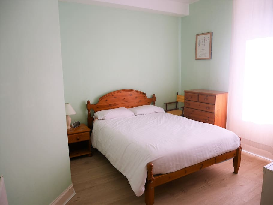 Comby double bedroom