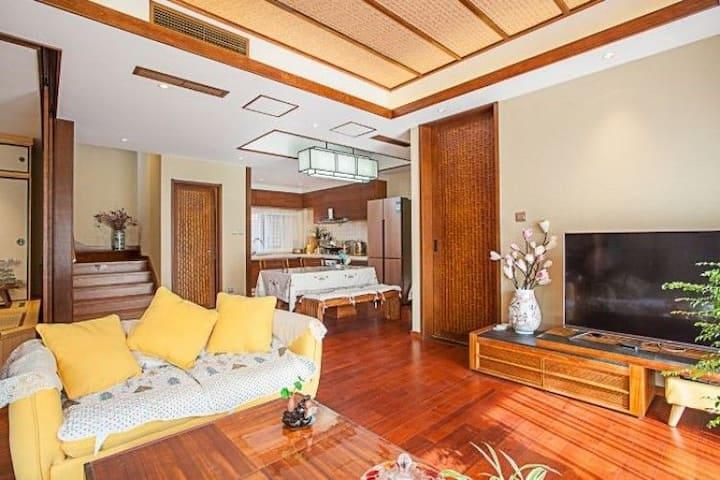大连金石滩汤景泽独门独院带温泉的纯日式装修风格的别墅