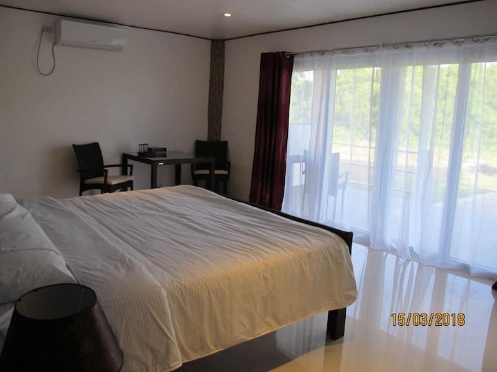 Cabilao Sunset Dive & Beach Resort  Deluxe Room 6