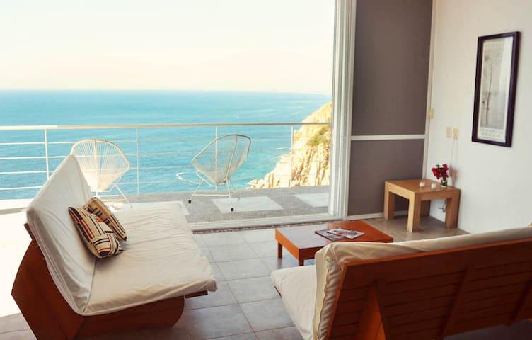 Casa de la Luna in Acapulco