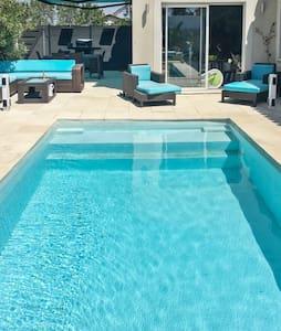Villa avec piscine et jacuzzi - Florensac
