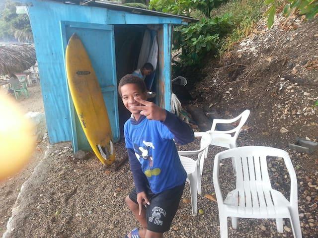 Raylins Eco Surf Camping and Food - Playa San Rafael - Zelt