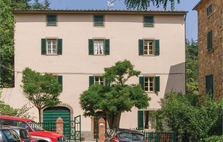 Holiday cottage with 3 bedrooms on 200 m² in Arcidosso GR