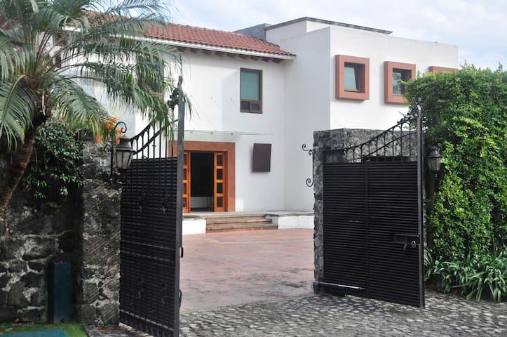 Residencia Los Apantles