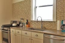 LG Appliances, stainless steel sink!
