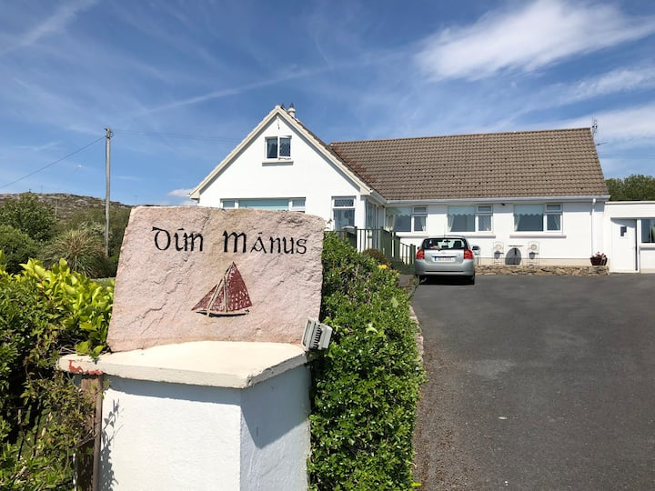 Dún Mánus Double Room with Full Irish Breakfast