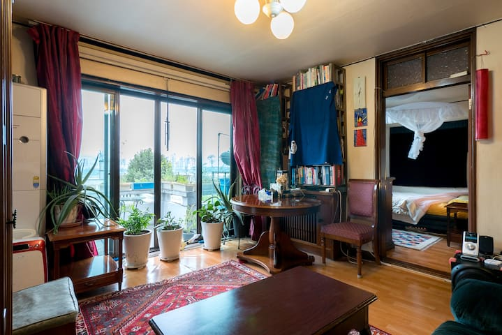Han River View with Amazing Balcony- Spacious flat