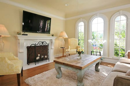 LUXURIOUS SPANISH HOME - CENTRAL WEHO LOCATION!