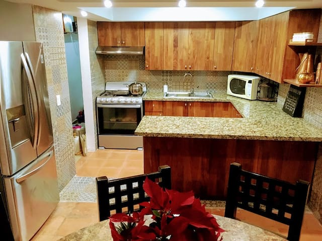 Newly remodeled home in Cancun Center