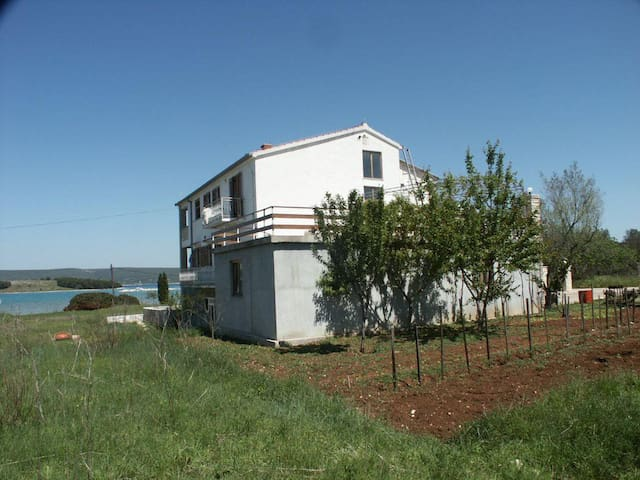 Studio flat near beach Mrljane, Pašman (AS-327-c) - Mrljane - その他