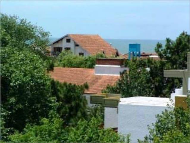 Gesell condo 6pax 1bedroom 2bath, barbecue, wifi. - Villa Gesell - Daire