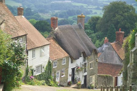 5* luxury actually on Hovis Hill now in 10th year! - Shaftesbury - Huis