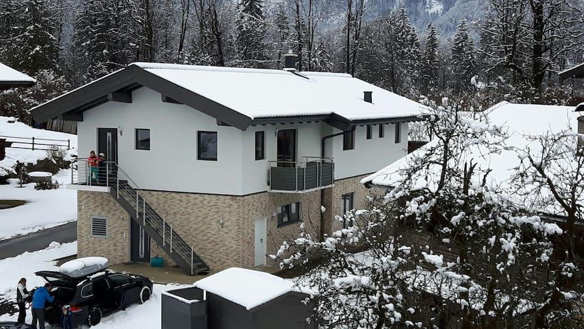 "Traumhaftes neues Haus ""Haus Alpin"" - Lofer - Daire"