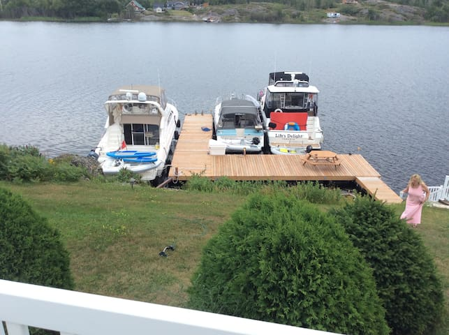 Plenty of room on the dock for your boat