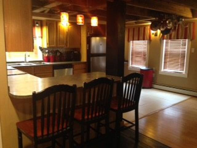 Room for everyone over the holidays - Northampton - Hus