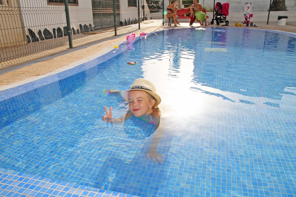 Swimmingpool for children / Piscina para ninos