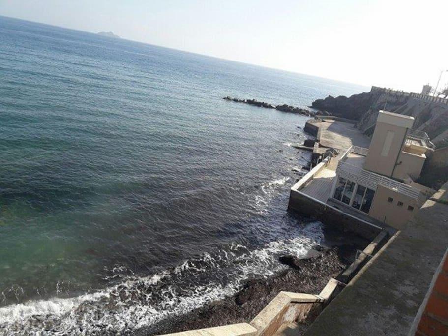 Ristorante il Teatro del mare sotto Piazza Bovio Piombino
