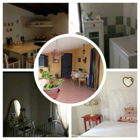 Villetta confortevole a 5 minuti dal Mare - Borgo Sabotino-foce Verde - Haus