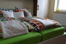 """Das """"grüne Zimmer"""" mit Doppelbett für Zwei"""