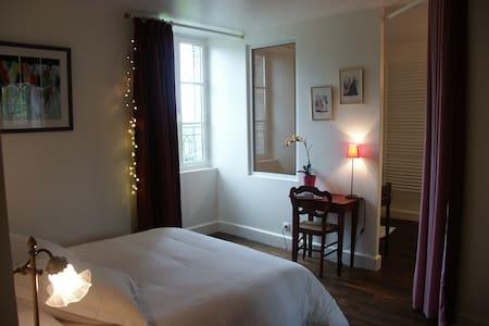 Chambre Romantique - Montaigut-le-Blanc