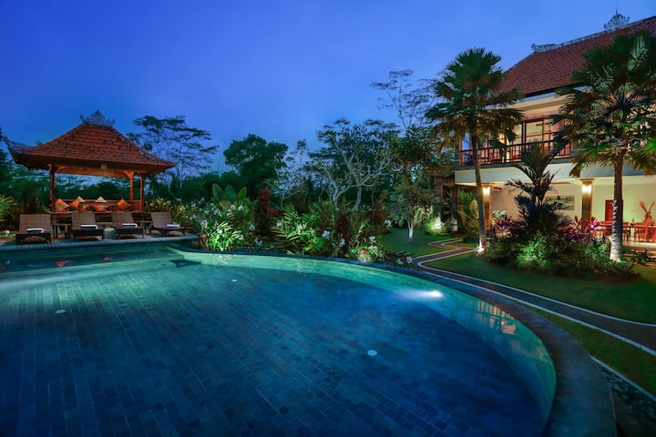 FAMILY 2BR Pool Villa with Rice Field View